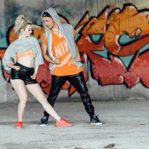 Deichmann pleše .. hip hop